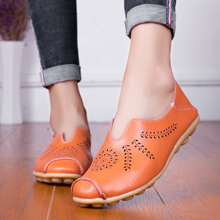 2021 spring and summer hollow flat-bottomed large size hole women's shoes flat-heel pregnant women mothers shoes white nurse shoes