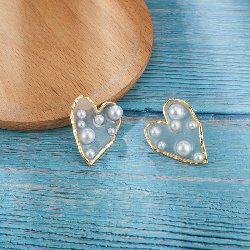Transparent size pearl heart shaped stud earrings NHGY156895