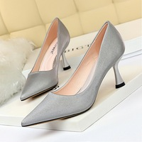 1266-3 Euro-American fashion, simple wine cup, high heel, shallow mouth, pointed sexy, thin professional OL women's shoes and single shoes