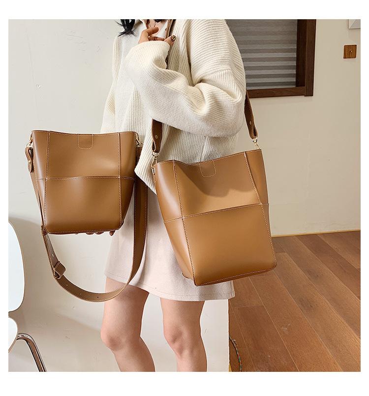 2019 new autumn and winter simple broadband texture shoulder slung bucket bag NHTC170495