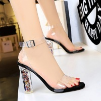29-8 European and American fashion sexy nightclub high-heeled shoes crystal heel high-heeled transparent sandals with open-toed women's shoes