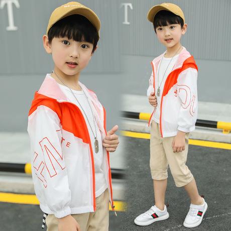 Quần áo chống nắng cho trẻ em 2019 mùa hè mới Phiên bản màu quần áo trẻ em Hàn Quốc phù hợp với áo khoác bé trai đẹp trai một thế hệ Phần trung bình và dài