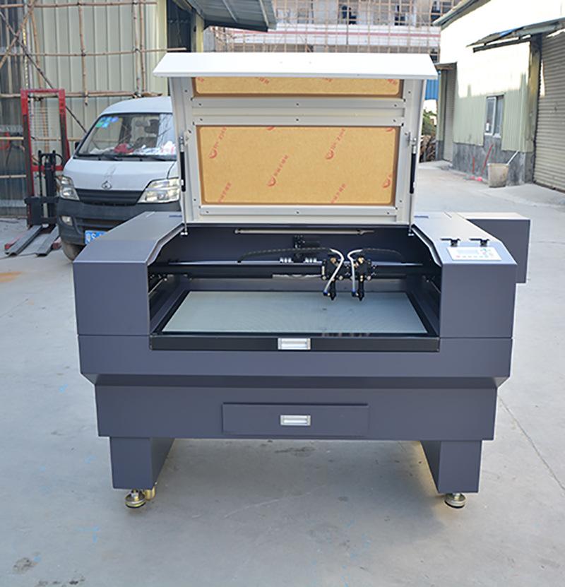 贺卡纸张激光镂空机小型 橡胶印刷板激光雕刻切割机 960小型雕刻