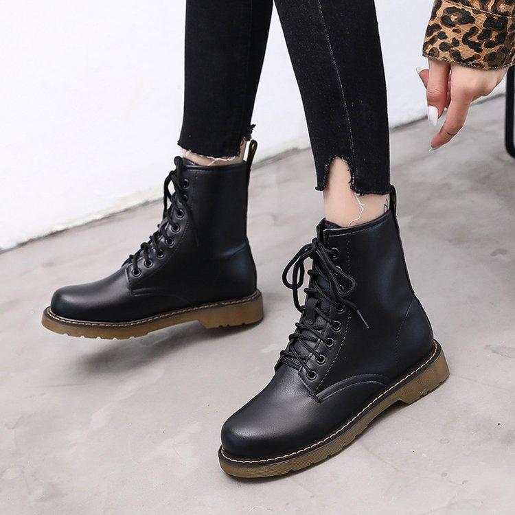 2019春秋新款女短靴平底马丁靴软底系带英伦风复?#29260;?#22763;靴厚底靴子