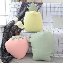 新款泡沫粒子抱枕草莓菠蘿家居沙發靠墊毛絨玩具飄窗拍照靠枕批發
