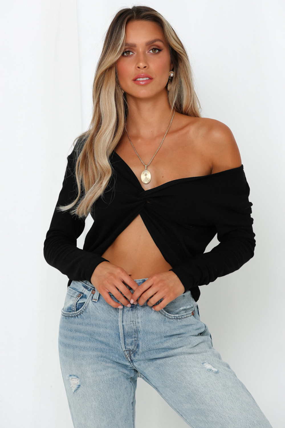 Solid color striped strapless V-neck cropped navel short long-sleeved sexy sweater NHDF132845