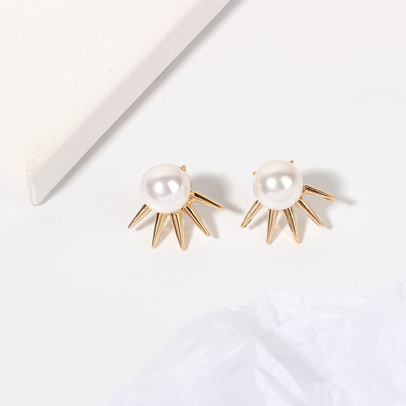 Fashion design jewelry new punk pointed cone pearl street wild fashion earrings for women NHRN240976