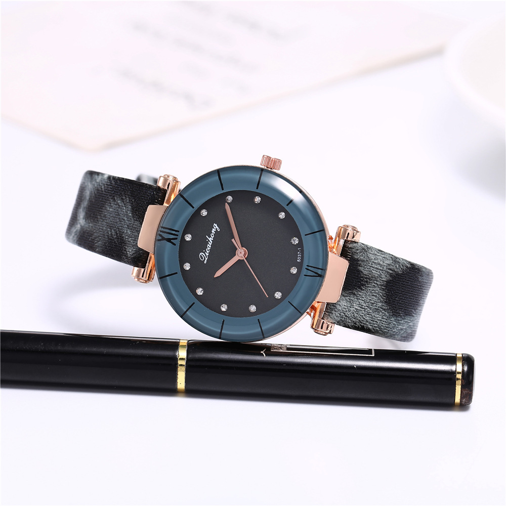 Hot sale new ladies new watch roman scale leopard print strap ladies belt quartz watch wholesale NHHK184920
