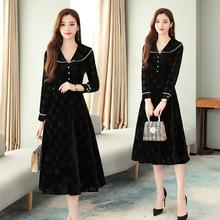 娃娃領黑色長袖金絲絨連衣裙女法式復古氣質赫本風中長款