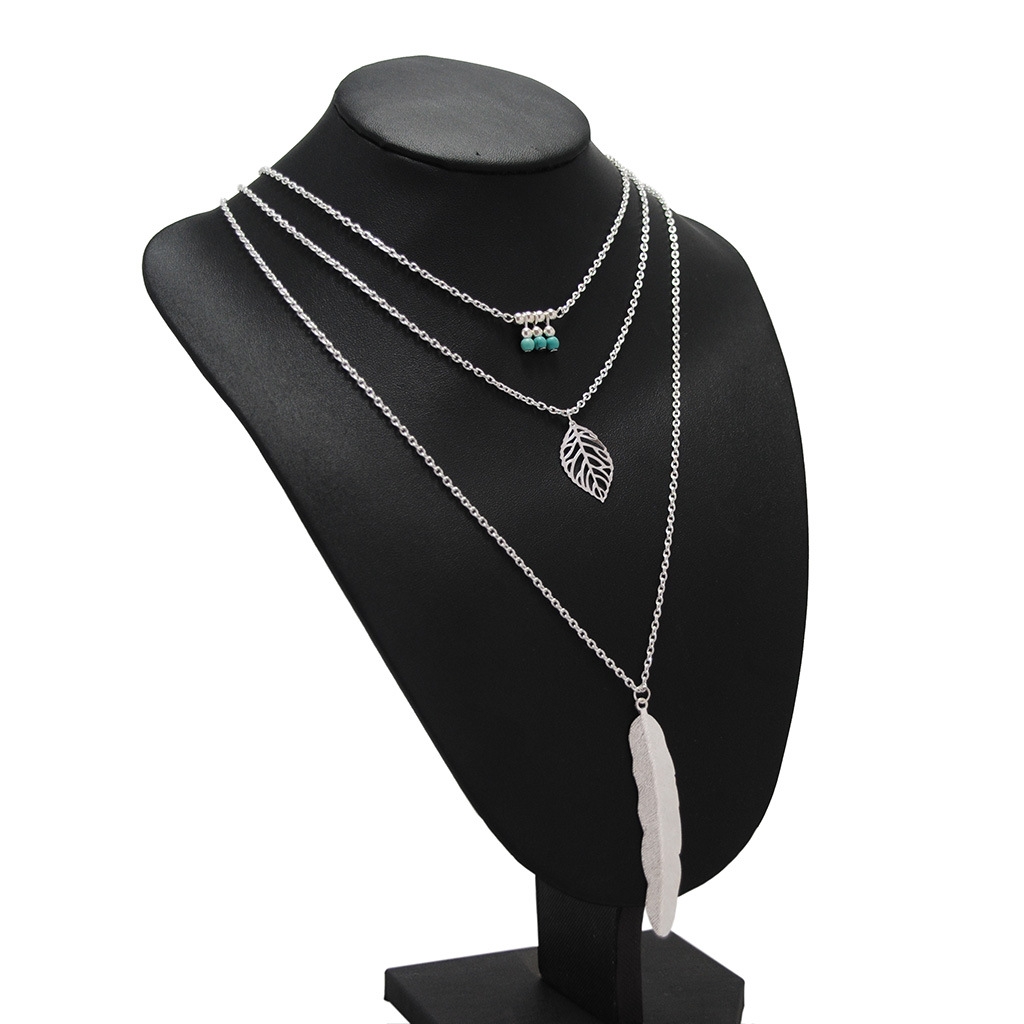 Wholesale fashion jewelry simple metal leaf handmade beaded feather pendant necklace NHKS197124