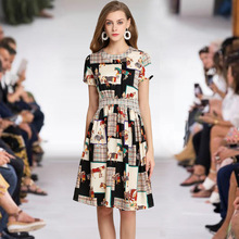 欧美气质19春夏季外贸女装圆领短袖格纹混动物图印花中长款连衣裙
