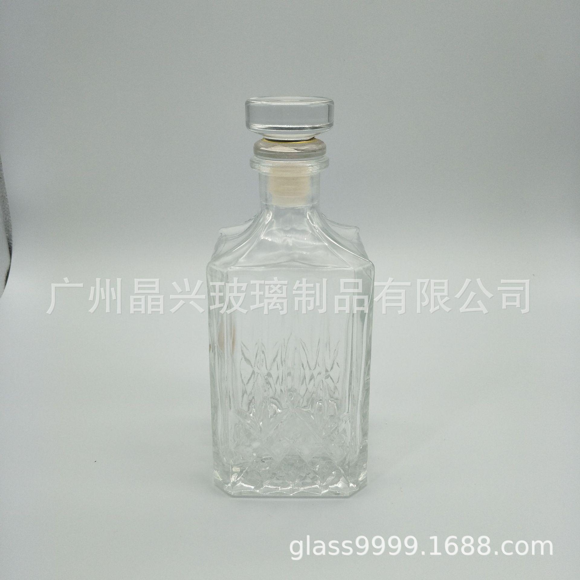 厂家供应高端品质透明玻璃酒瓶 700ml洋酒瓶 红酒瓶