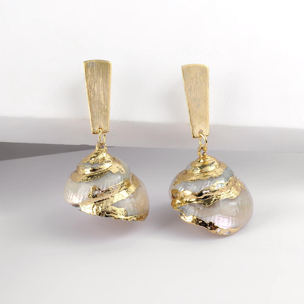 Womens Conch Fashion trend geometric holiday style  Shell Ruo Long Jewelry Earrings NHLL120561