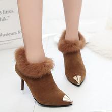 2019冬新款绒面加绒马丁靴女尖头细跟性感高跟裸靴毛毛金属头短靴