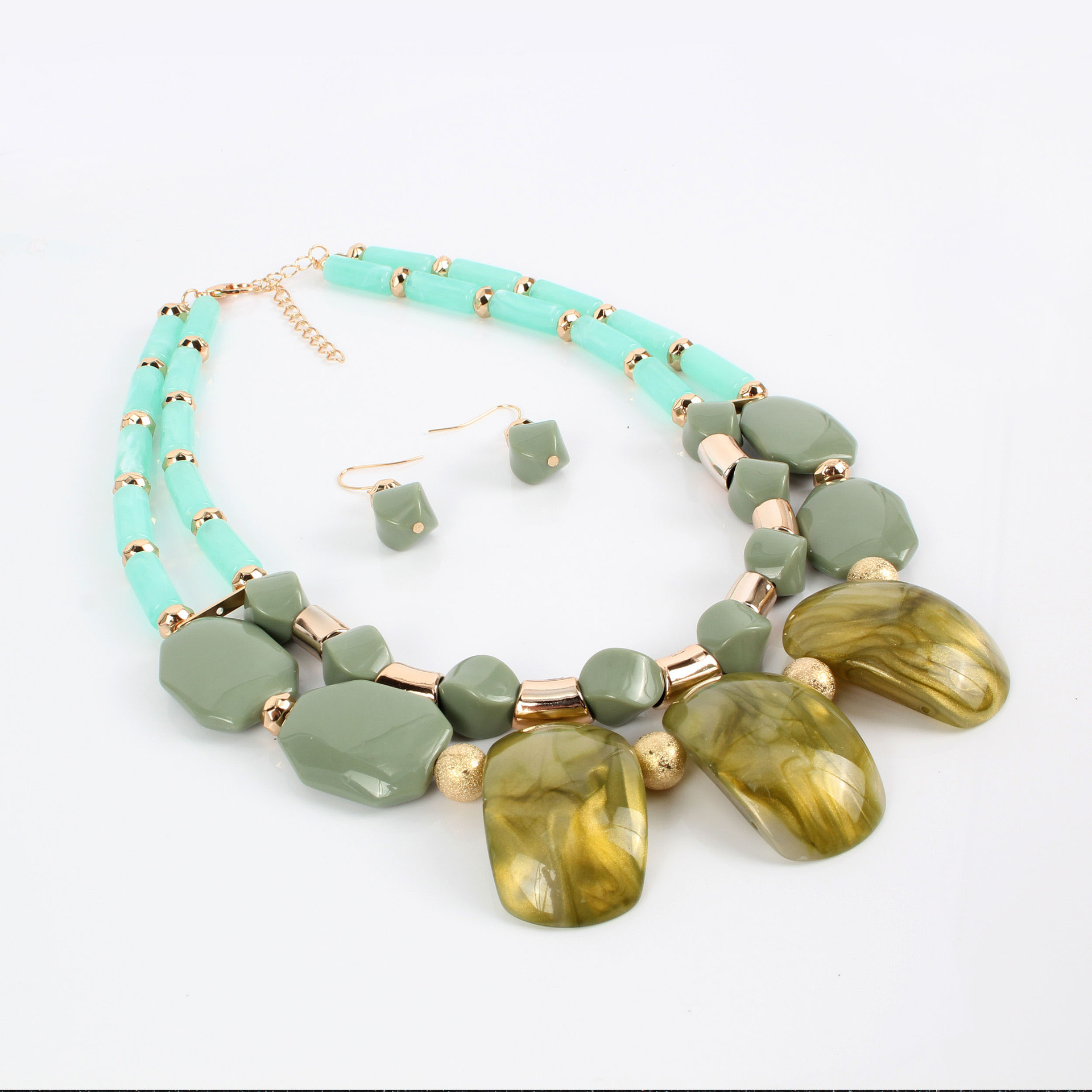 Womens Geometric Plastic  Resin Necklaces NHCT122975