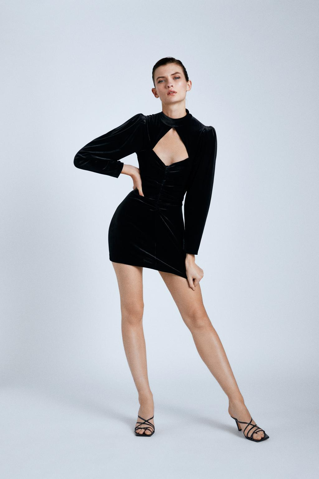 Europe and the United States Wholesale 2019 New Women's Velvet Mini Dress Y13-28386 NHAM182011