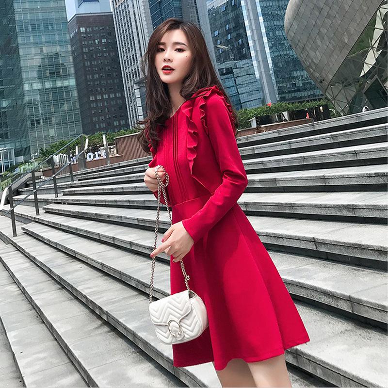 秋装2019年新款圆领收腰荷叶边长袖A字纯色连衣裙赫本风小红裙女