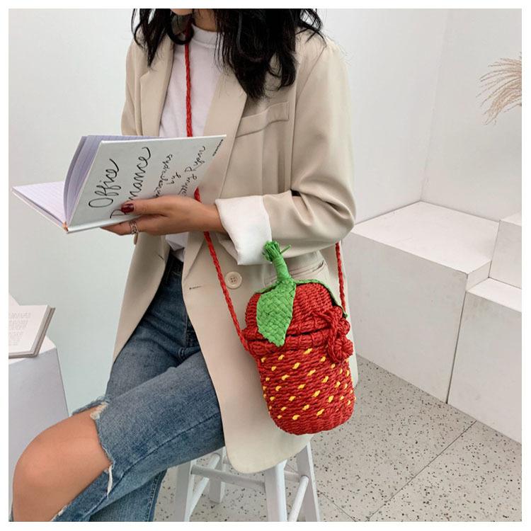 New Fashion Strawberry Bag Woven Shoulder Messenger Bag Cute Vacation Beach Handbag NHGA200631