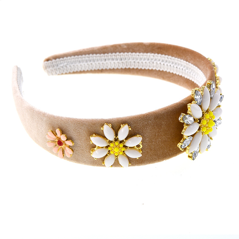 Womens Crown Alloy Hair Accessories NHNT127313