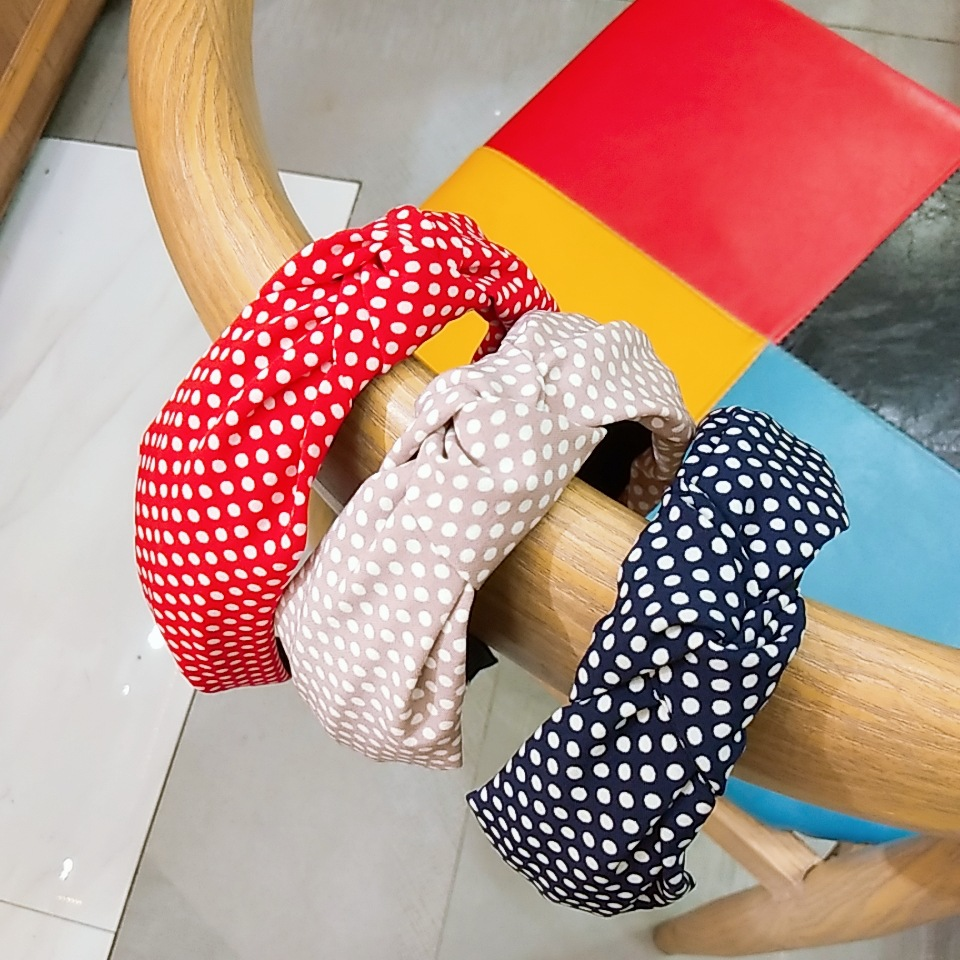 Korean fashion new polka dot knotted headband wide-edged high-end knotted headband cloth simple wash face cross hair band wholesale nihaojewelry NHUX222345