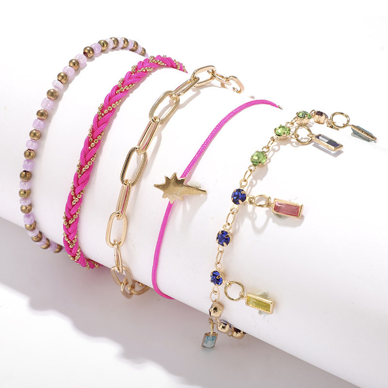 Multi-layered anklet with diamond feet decorated with bohemian pearl beads NHGY195394