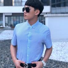 2019新款休闲男士衬衫夏季短袖蓝色方格子百搭单排扣衬衫现货供应