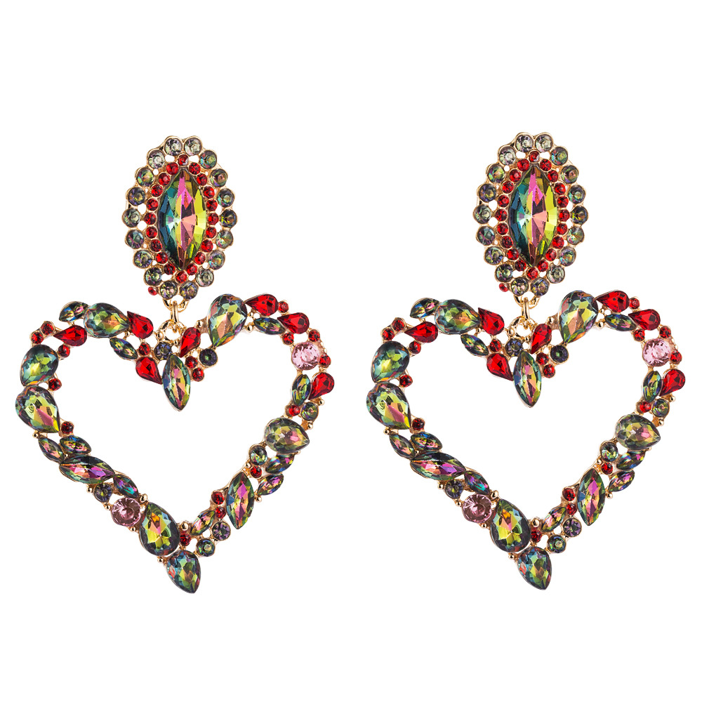 European and American hot-selling heart-shaped alloy inlaid with diamonds retro temperament exaggerated earrings female Korean version of the super flash full diamond earrings NHLN190170
