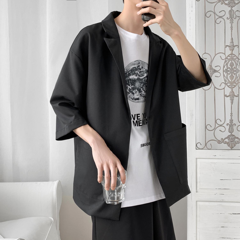 一件代发男夏装七分袖薄款小西装外套男大码宽?#32433;可?#38889;版时尚西装