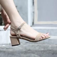 韩版夏季新款凉鞋粗跟一字扣带鞋露趾中跟鞋女青年手工鞋批发直销