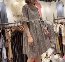 格子连衣裙女2019夏季新款韩版宽松中长款圆领蕾丝拼接镂空A字裙