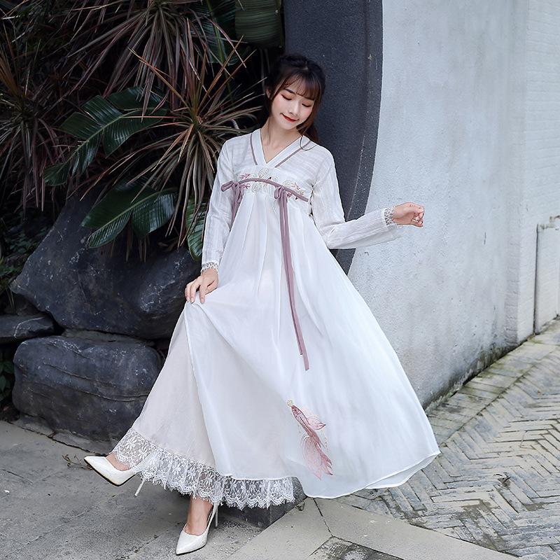 锦鲤刺绣汉素襦裙古风淡雅连衣裙