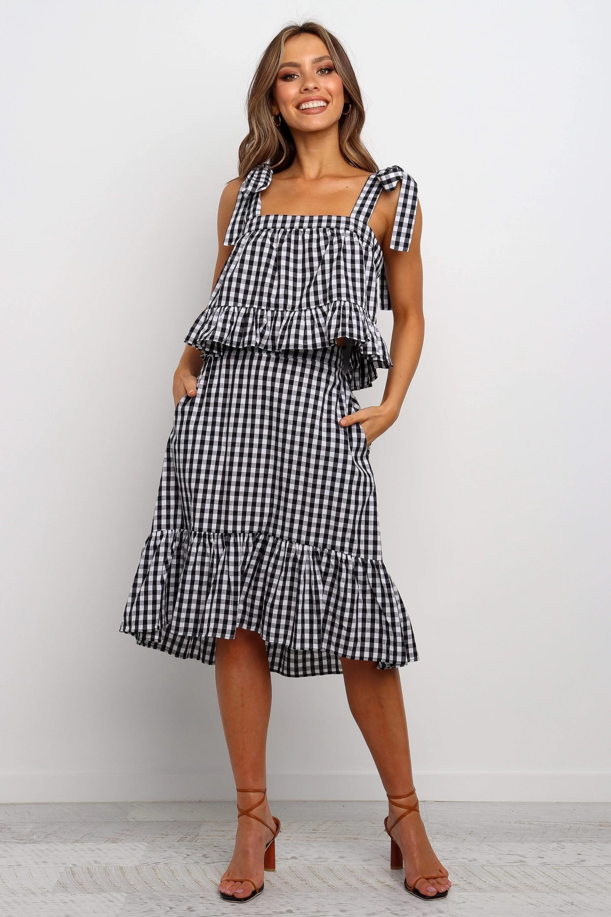 spring and summer new women's plaid sling top skirt casual suit NSYD4126