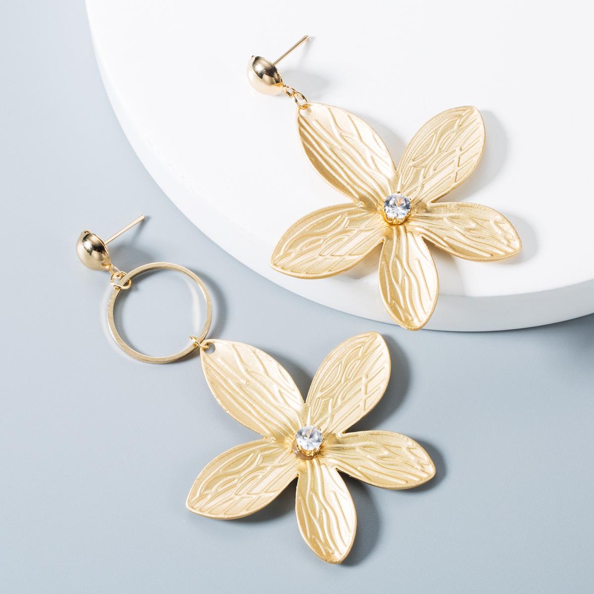 Creative spray paint flower alloy earrings NHLN157259