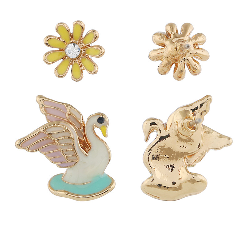 Vintage exaggerated flower bird alloy stud earrings NHKQ152307