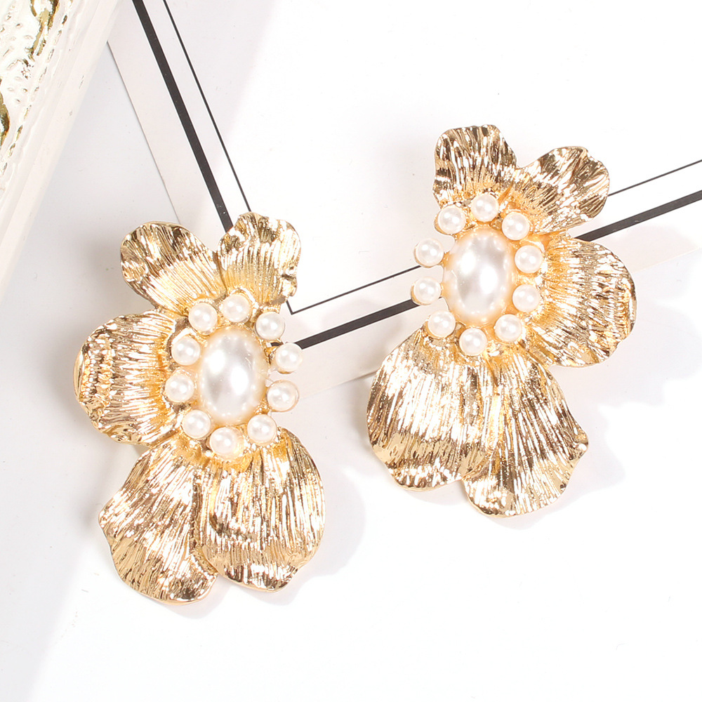 Fashion alloy brushed textured flower earrings NHMD155339