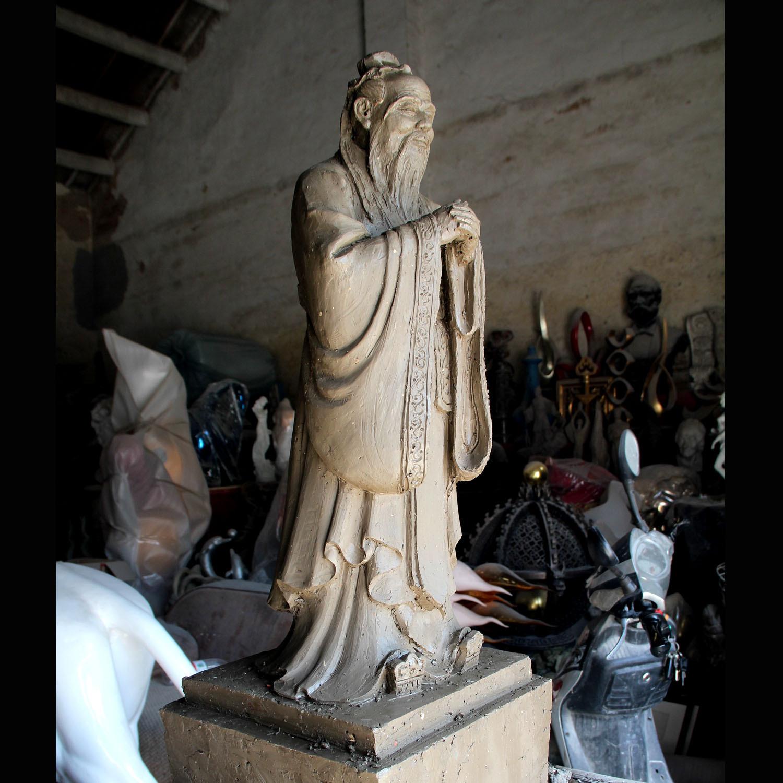 最新推出创意名人泥稿雕像