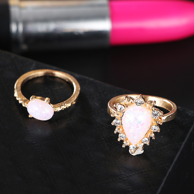 Womens teardrop Stylish and simple water drop rhinestone plating alloy Rings GY190505120143