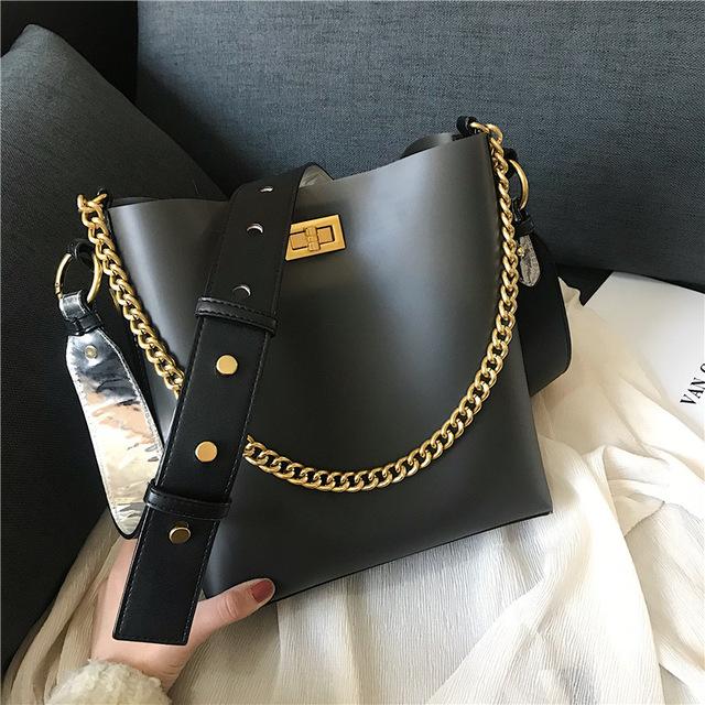 跨境hand bags2019新款潮流时尚女锁扣单肩斜挎包休闲女士包