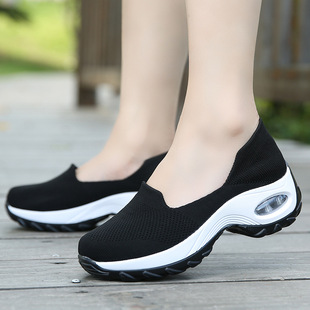 Cross-border pumps, socks, shoes, women's shoes, air cushion flying woven, breathable, non-slip casual shoes, rocking shoes, large size 42