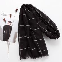 熱賣原單歐美時尚長款防曬披肩拆須棉麻女士圍巾黑色格子圍巾紗巾