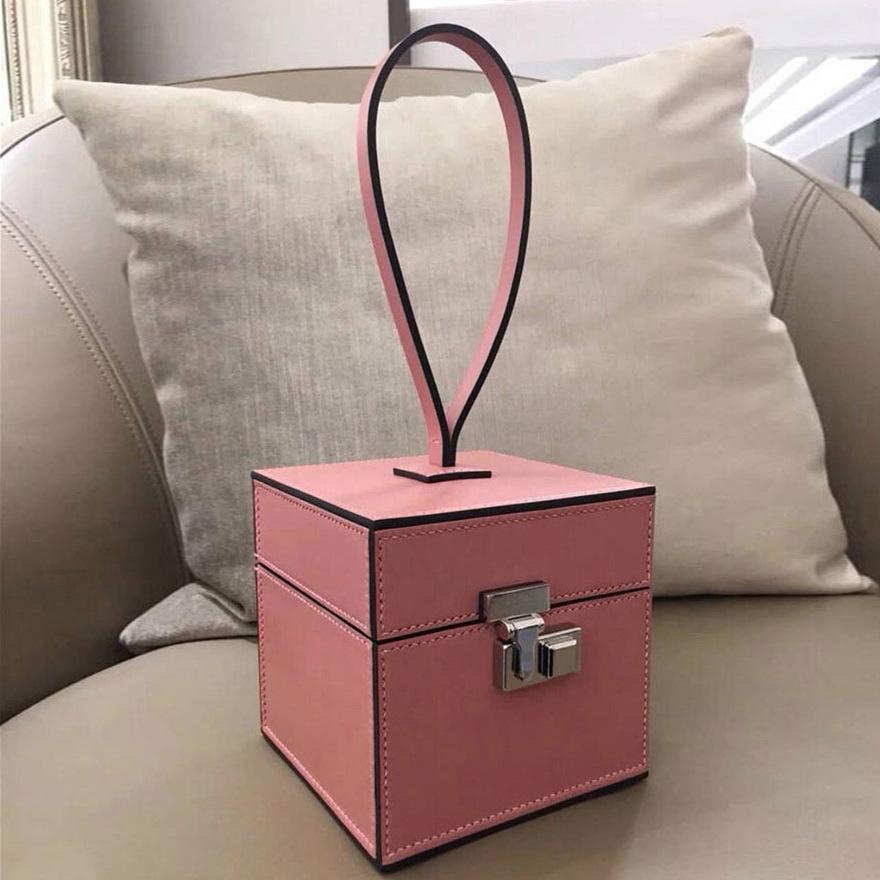 2020新款时尚化妆包复古百搭小方包宴会迷你小众包ins手提盒子包