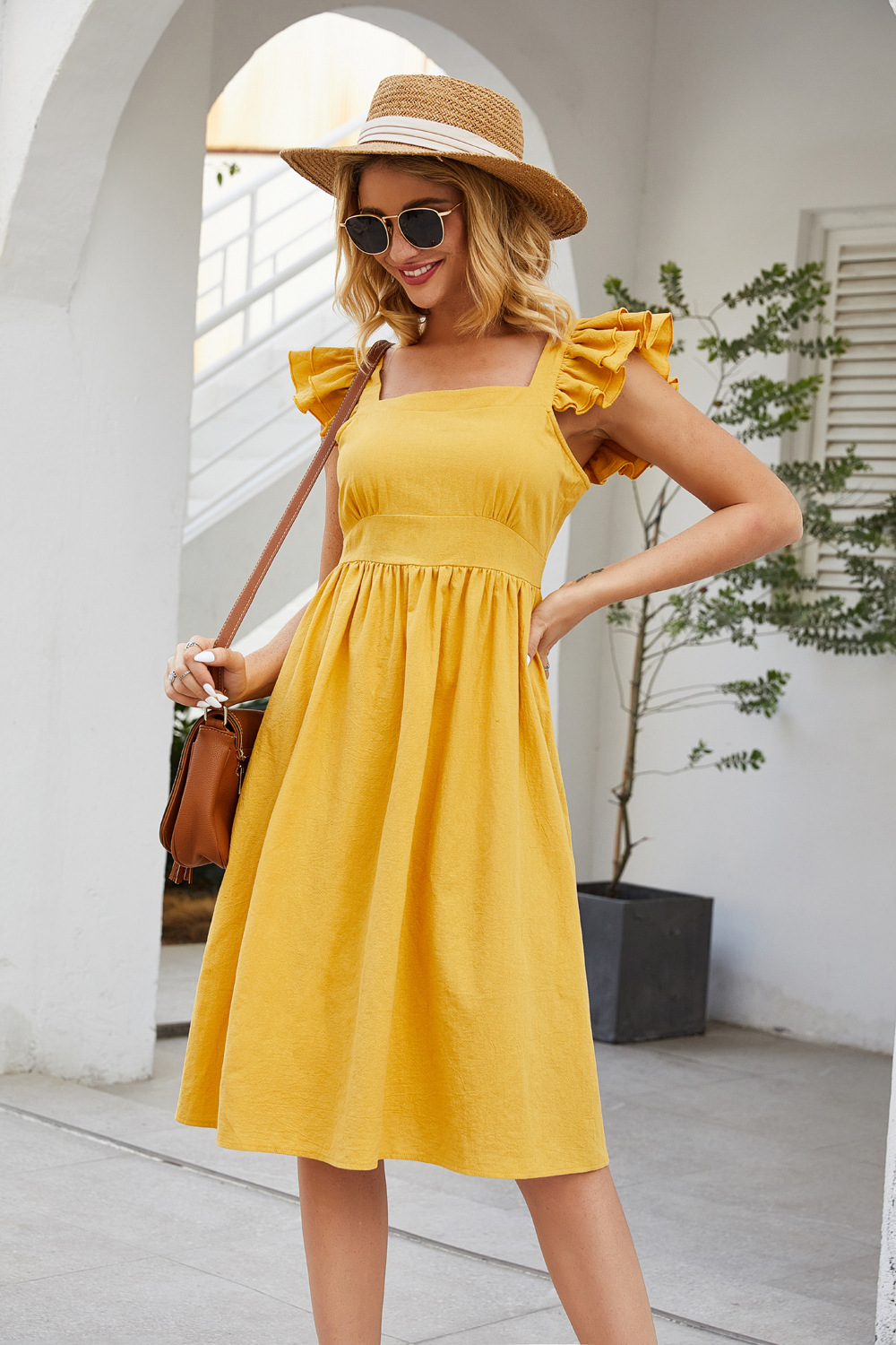 hot-selling summer new sleeveless stitching ruffled sleeves square collar solid color halter lace dress NSDF506