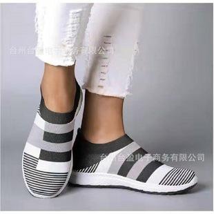 Часто год выпуска 2019 осенью и зимой новый крест граница большой женский размер обувной уютный спортивной обуви на открытом воздухе случайный корейский носки обувь