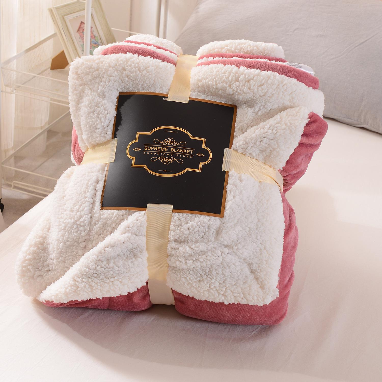 新款加厚高档法兰绒羊羔绒手工复合双层毛毯休闲盖毯跨境制作毯子