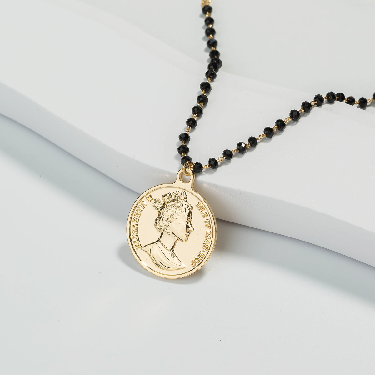 black handmade bead chain gold retro British queen coin pendant  multi-layer  necklace NHAN251908