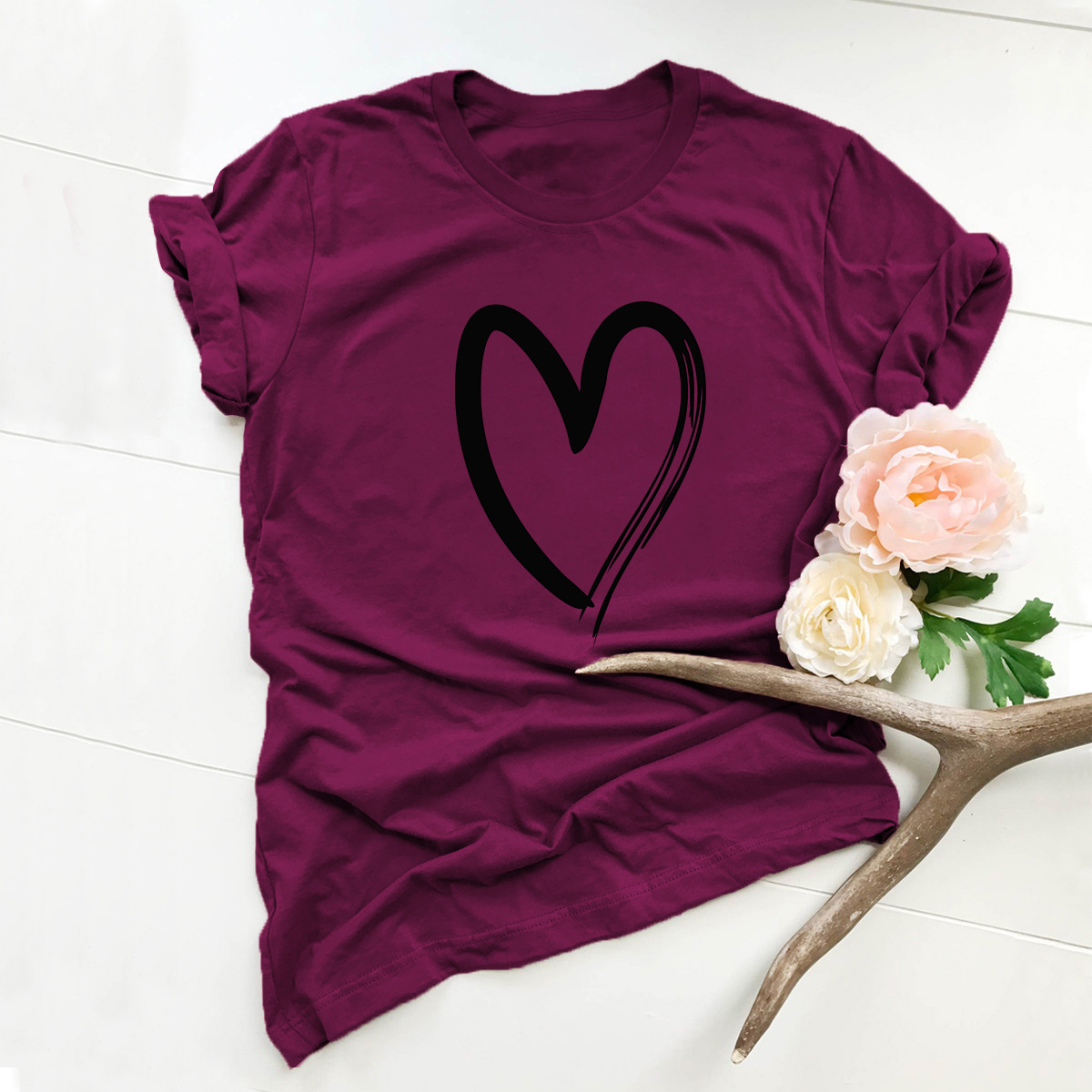 simple and comfortable love short-sleeved T-shirt wholesale NSSN323