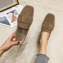 63-123韓版金屬扣毛毛鞋復古方頭女鞋2019新款百搭粗跟低跟單鞋女