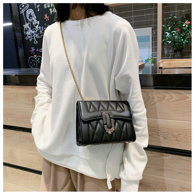 New simple and stylish wild rhombus chain lock shoulder crossbody bag NHPB196951