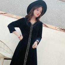 女裝秋裝2019新款氣質高端V領修身顯瘦大碼中長款黑色絲絨連衣裙