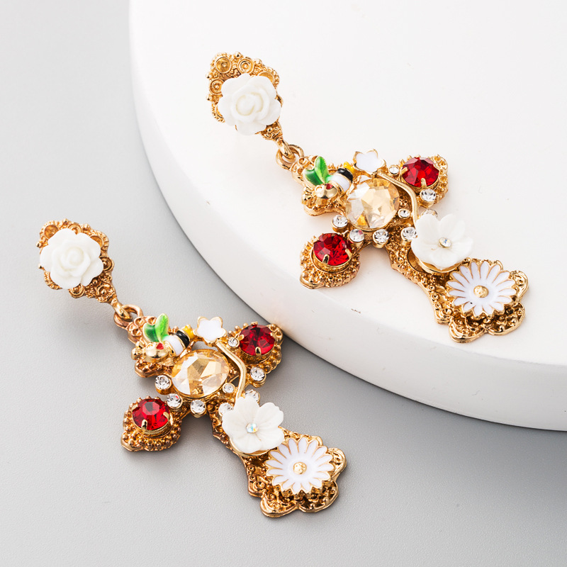 European and American fashion retro cross flower earrings female alloy temperament personality exaggerated earrings diamond network red with NHLN177691